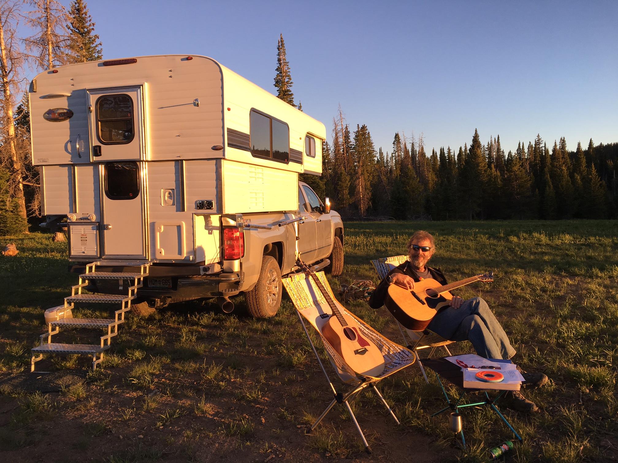 Alaska Truck Camper 2017
